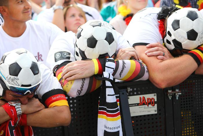 Germania eliminata, la nazionale multietnica divide il Paese