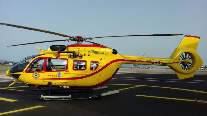Donna partorisce in elicottero del 118