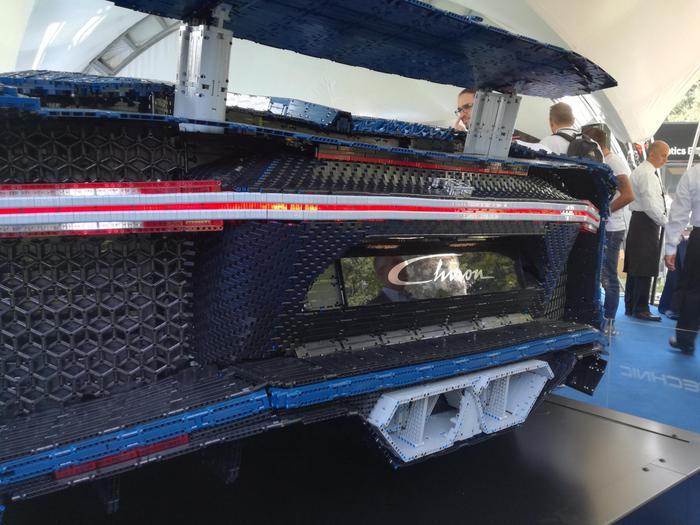 Letto A Forma Di Macchina Da Corsa : Bugatti lego technic si può guidare lauto in mattoncini in scala 1