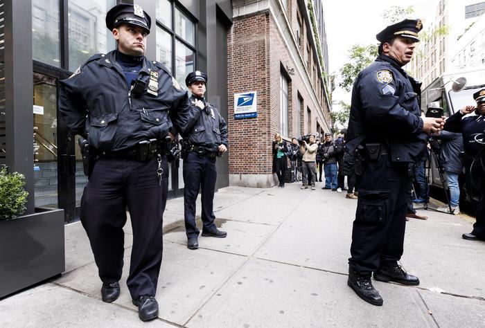 New York: sparatoria a Brooklyn , 4 morti e tre feriti
