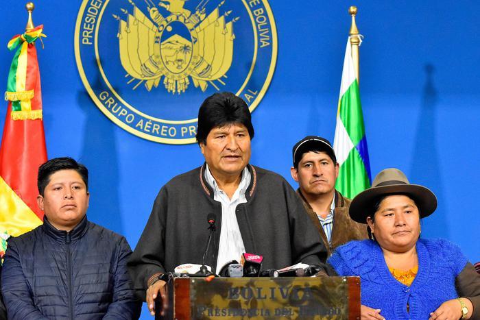 Bolivia, Camacho: ordine cattura Morales