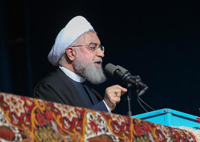 Iran scopre maxi giacimento di petrolio