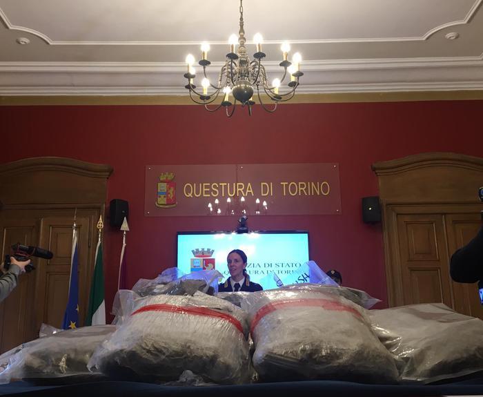 Droga di Natale,sequestro 72kg marijuana