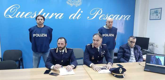 Aggressione in locale Pescara, 4 arresti - Agenzia ANSA