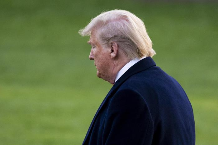 'Trump consegni dichiarazione redditi'