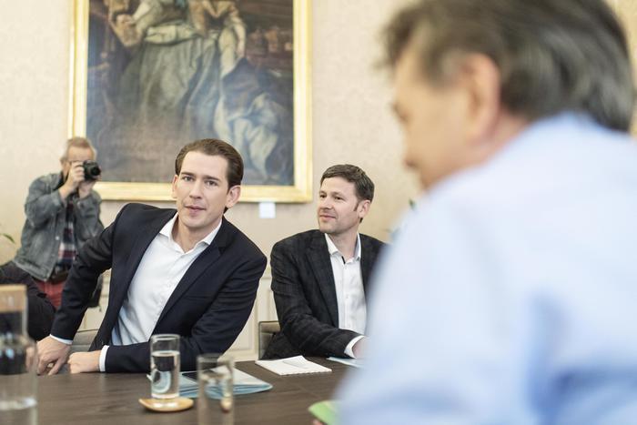 Ultimo giro di consultazioni in Austria