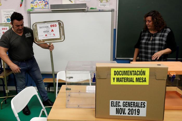 Spagna: aperti i seggi, si torna al voto