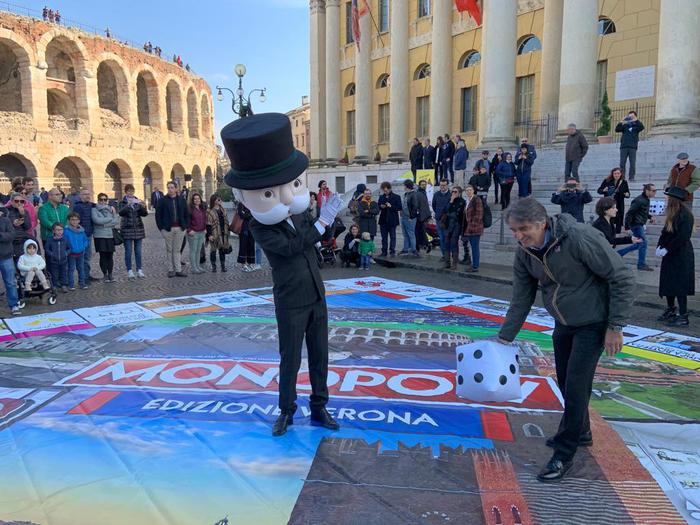 Giochi: a Verona arriva il Monopoly