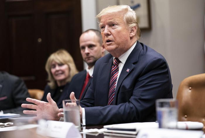 Impeachment: 'non andremo alle udienze'