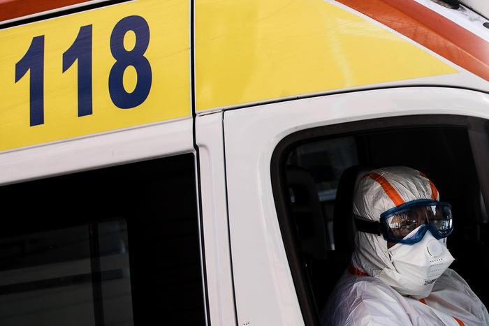 Virus, 69 contagi in casa riposo Sicilia thumbnail