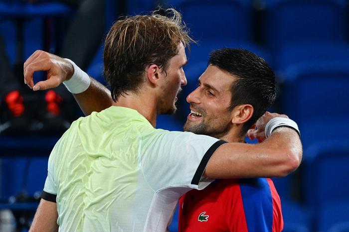 Tennis, Djokovic sconfitto in semifinale da Zverev