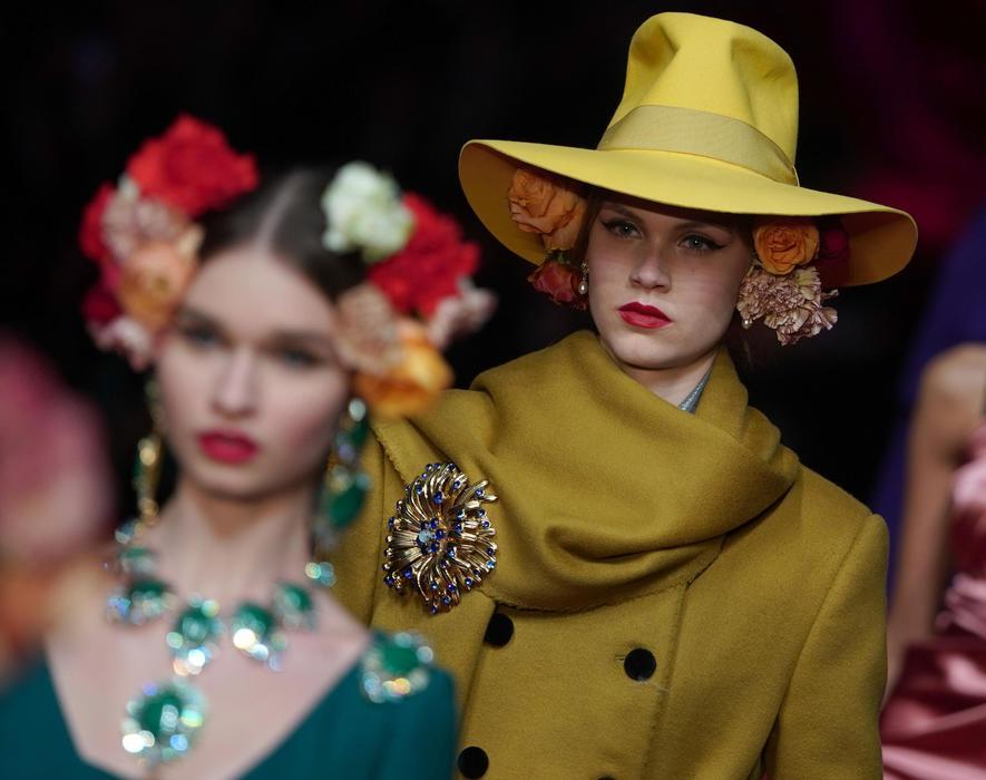 ed96548a2de27 Moda  Dolce   Gabbana celebra il ritorno all eleganza - Moda - Ansa.it