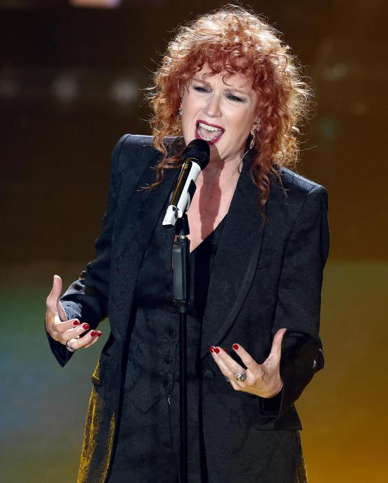 Italian singer Fiorella Mannoia performs on stage at the Ariston theatre during the 69th Sanremo Italian Song Festival, Sanremo, Italy, 06 February 2019. The Festival runs from 05 to 09 February.  ANSA/RICCARDO ANTIMIANI © ANSA