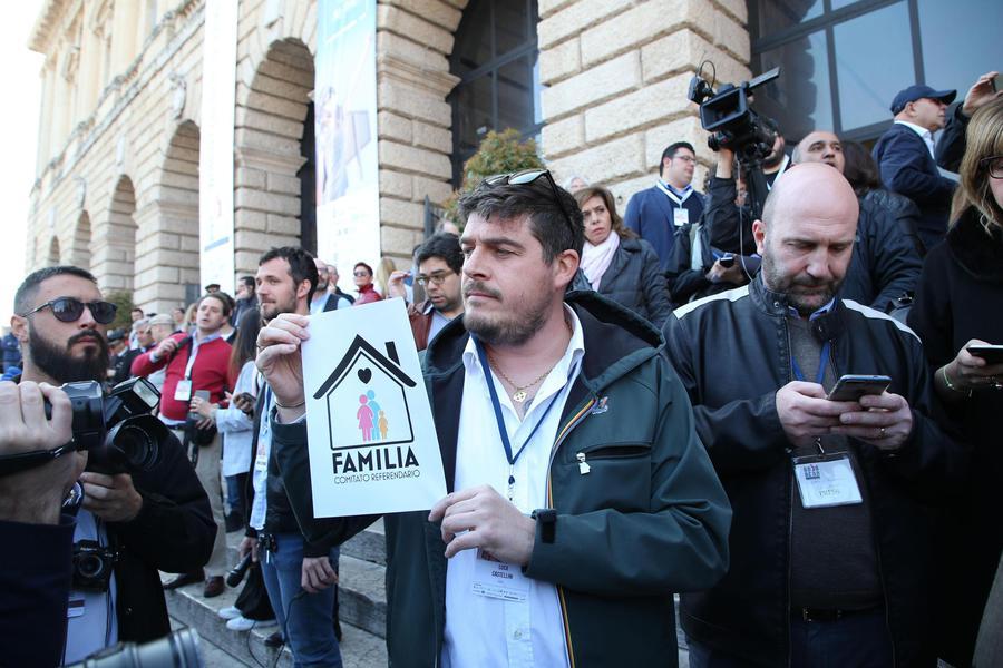 In piazza a Verona anche Forza Nuova - Primopiano - Ansa.it