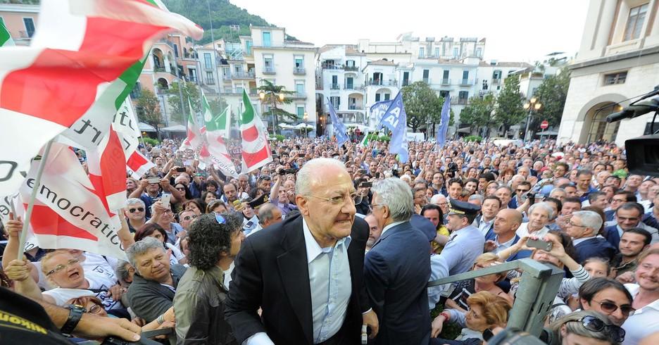 Regionali: De Luca in piazza a Salerno, non abbiamo mollato (ANSA)
