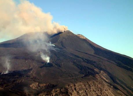 Etna, nuova fase eruttiva dal cratere Sud-Est$