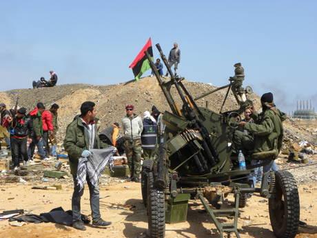 Libia, ripresa Brega. Esercito verso Bengasi