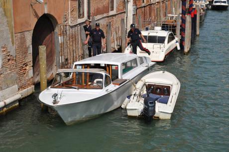 Venezia motoscafi potenziati sequestri cronaca - Taxi bagni di tivoli ...