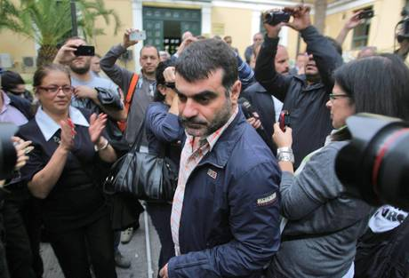 Hot Doc publisher Kostas Vaxevanis arrested, charged for publication of supposed Lagarde list [ARCHIVE MATERIAL 20121028 ]