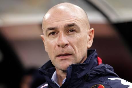 Ballardini, a Napoli ce la giochiamo Allenatore Cagliari replica al pessimismo di Cellino
