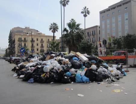 Palermo, caos rifiuti: Orlando sentito dai pm$