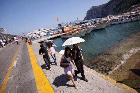 Boom turismo a Capri,aumentano stranieri - Campania - ANSA.it