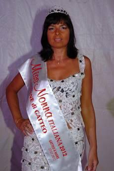 CONCORSI: 'MISS NONNA ITALIANA 2012' E' UNA DISEGNATRICE