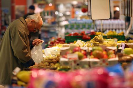 Un italiano su tre non arriva fine mese con lo stipendio - Cronaca