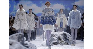 Eleganza ad alta quota con Moncler Gamme Rouge
