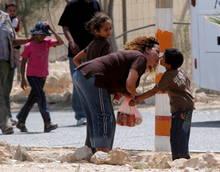 Esplosione di una bomba israeliana a Beit Hanoun: morti 2 bambini.