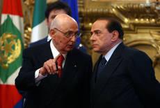 """""""Attacco alle istituzioni"""" Napolitano preoccupato"""