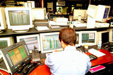 Crisi: spread Btp-Bund in area 380 punti