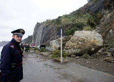 Train derails, track cut off linking Italy to France