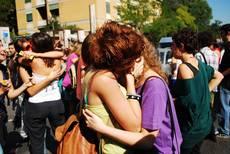 Gay:Battaglia,bacio saffico 'offende' Cc