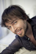 Attore italiano annuncia, cambia sesso