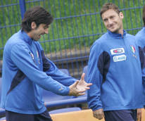 Soccer: Prospect of Totti return sets pulses racing