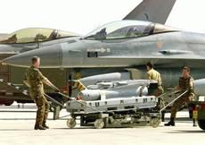 Libia, La Russa:'Possibili raid Italia' H.Clinton:'Via Gheddafi subito'