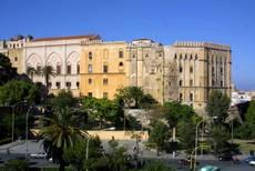 Lavoro: scontri a Palermo, tre fermati