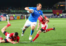 Rugby: Parisse ban cut, will play England