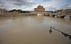 Rome's Castel Sant'Angelo evacuated in bomb scare