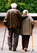 Italians living longer but lag in wellbeing