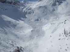 Servicewoman dies after being caught in avalanche