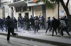 Tunisia: violenze integralisti, un morto