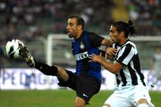 Soccer: Juve's Caceres out for month with knee injury