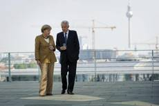 'More unity needed to combat crisis' say Monti, Merkel