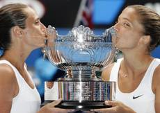 Tennis: Errani and Vinci win Australian Open
