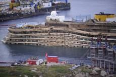 Experts to board wrecked Concordia on Jan 23