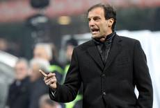 Soccer: Milan boss Allegri hailed for 'caging' Messi