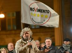 Grillo accuses Berlusconi of buying votes with tax promises