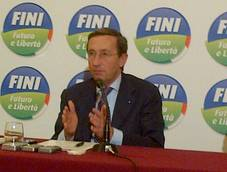 Fini says Berlusconi thinks Italians are 'saps'